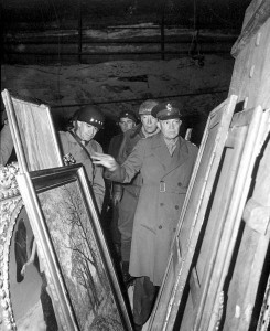 Eisenhower, Bradley and Patton inspect looted art.