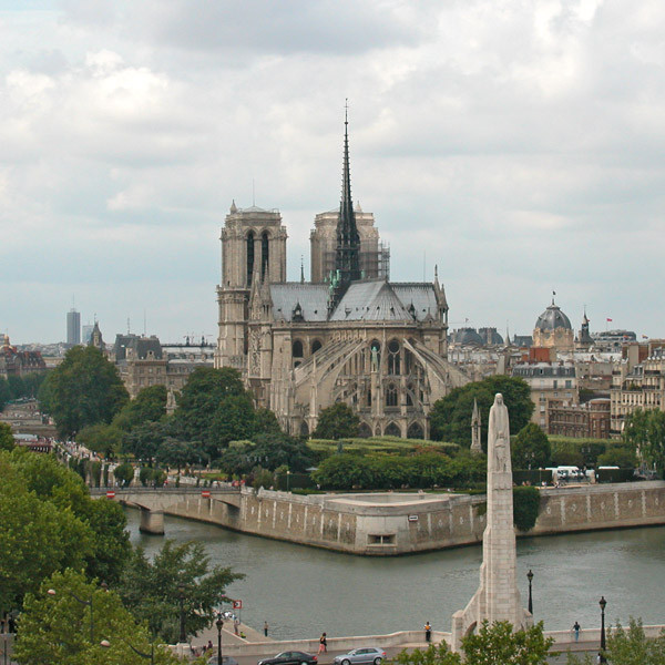 Notre Dame (7)