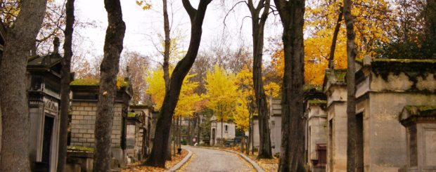 Guided tour in the Pere Lachaise cemetery is like a historic conference on all important people who have lived in Paris