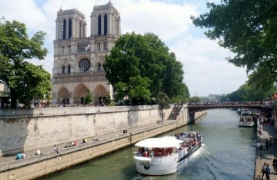 Visit Paris in one day with ParisByM day tour, Paris tour packages, get a Paris Pass