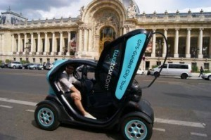 Twizy in front of the Grand Palais in Paris