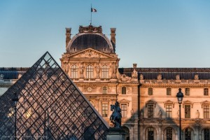 Louvre museum, Paris trip planner, school trips to paris