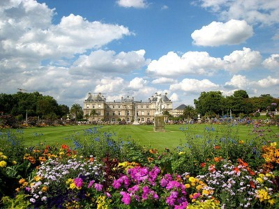 10 must see places in paris in summer