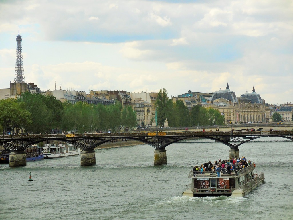 Boat trips in Paris