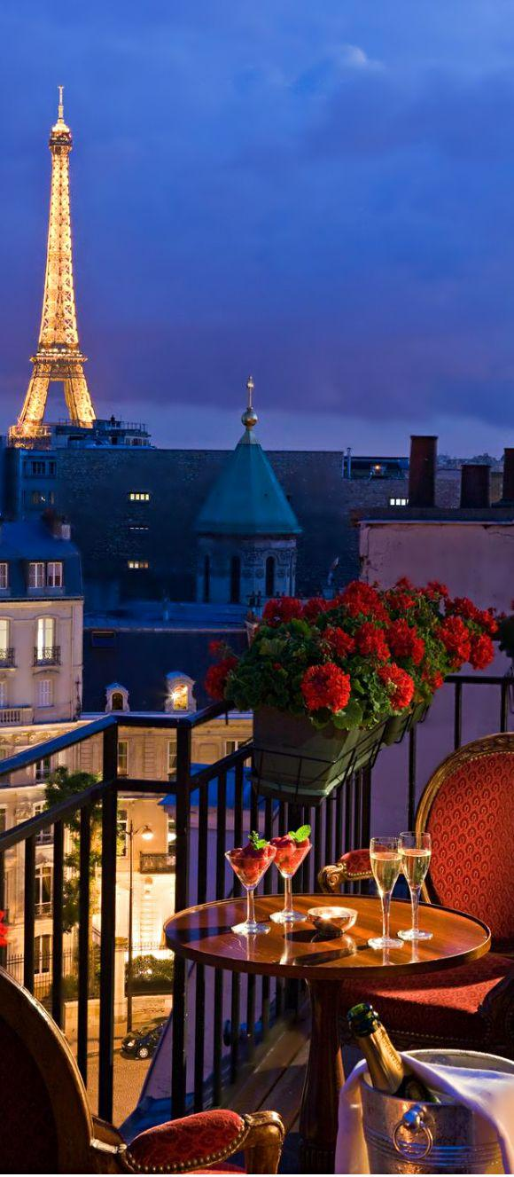 Our top picks of 5 star hotels in paris parisbym for Top hotel france