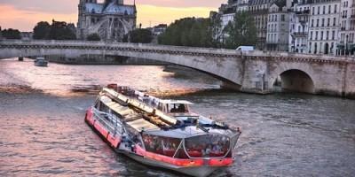 Paris Off the Beaten Path, Jeu de Piste, 2CV