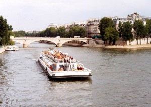 Paris guided tours, team building in Paris