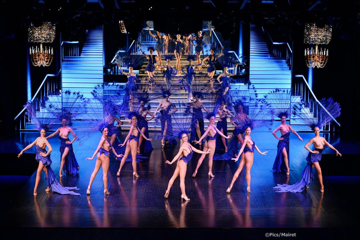 Lido Paris cabaret show
