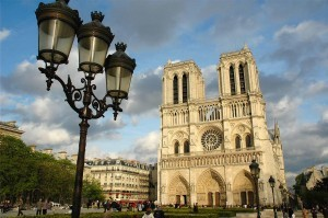 touristic places in Paris,notre dame cathedral, notre dame cathedral facts,attractions, Paris, paris landmark