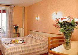 cheap accommodation paris