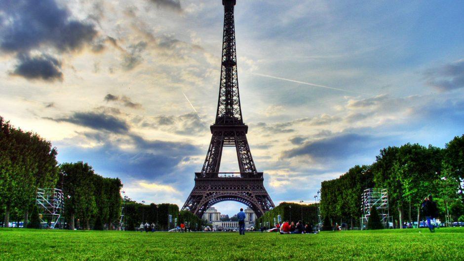 Scenic, Paris, Sunday