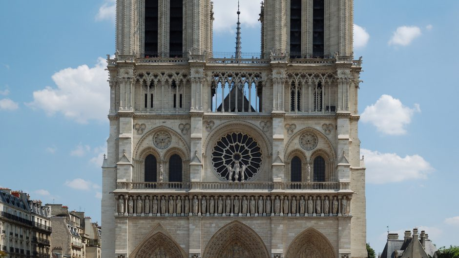 Scenic, Paris, Sunday, Notre Dame cathedral, 1 day in Paris