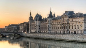 The Conciergerie, Self-guided walking tour