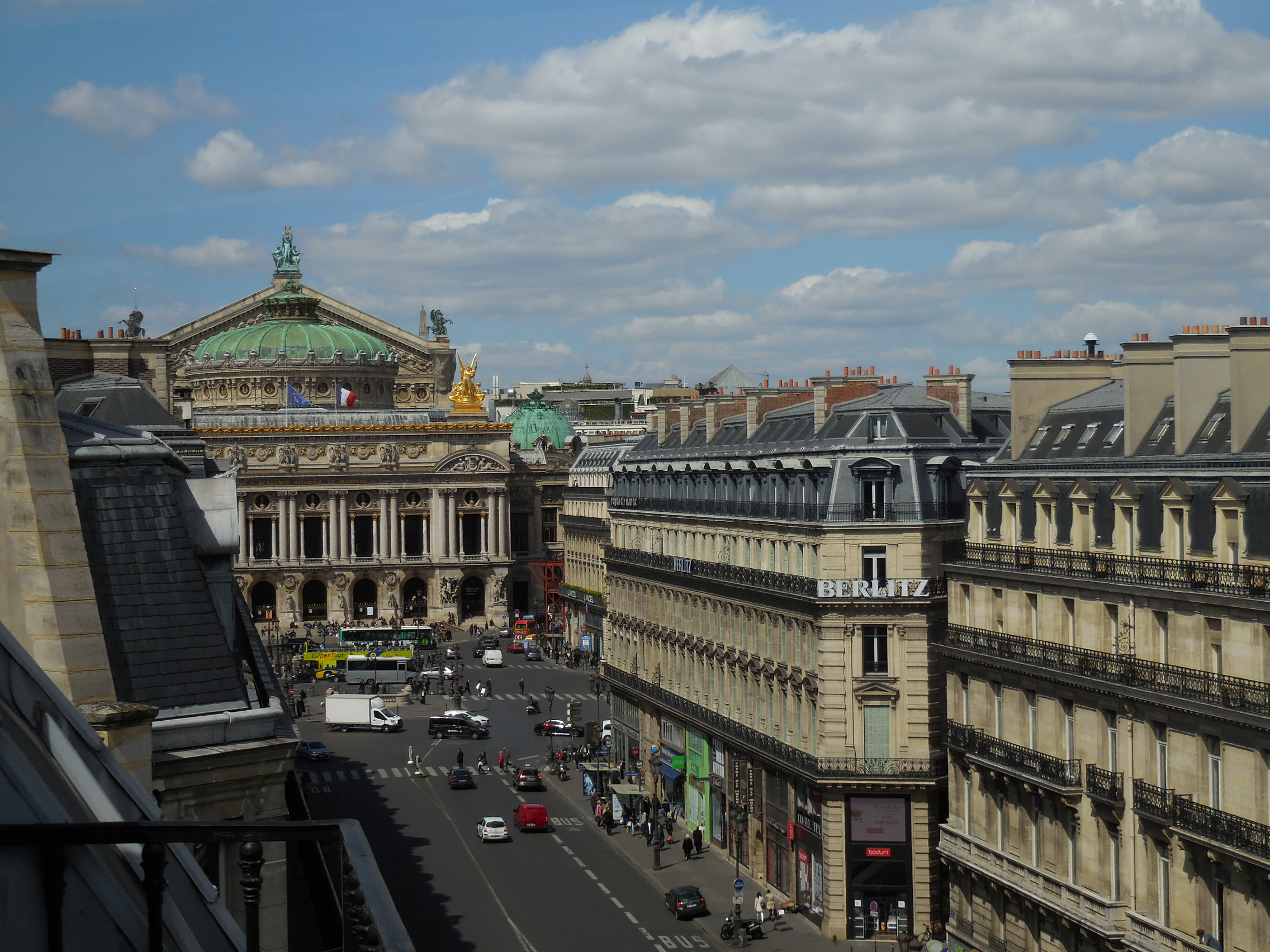 3 Places To Stay In Paris Parisbym