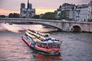 A review of Paris' dinner and lunch cruises, C Trip