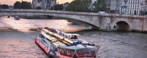 A review of Paris' dinner and lunch cruises