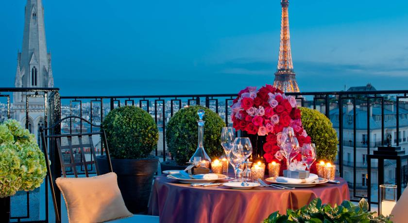 Unusual hotels in paris parisbym for Top unique hotels