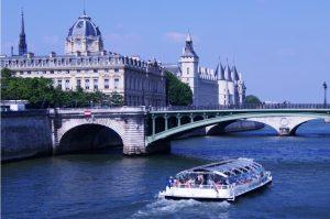 Cruise boat in Paris