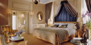 Best Honeymoon Hotels in Paris