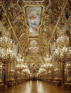 Paris in 2 days, versailles 1/2 day with transportation