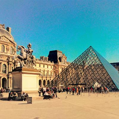 Louvre museum, school trip