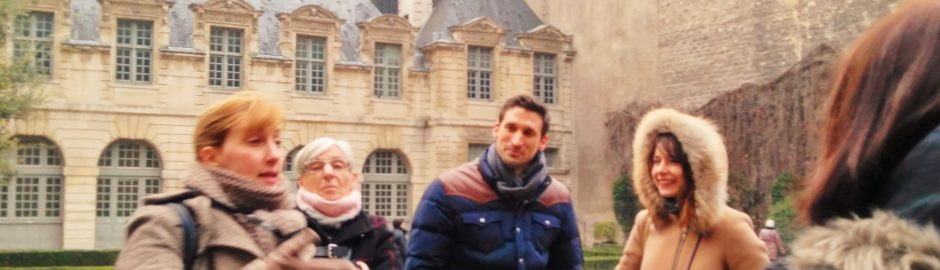 Guided tour small group, Frenchessence, Intercultural, international, tourism, paris group