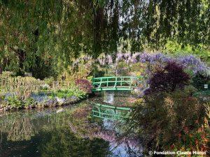 Giverny, Fondation Claude Monet, jardin d'eau, pont japonais