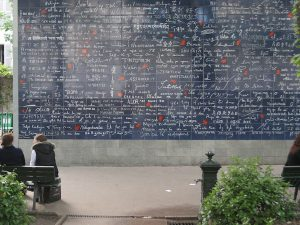 Mur des je t'aime, romantic places in paris