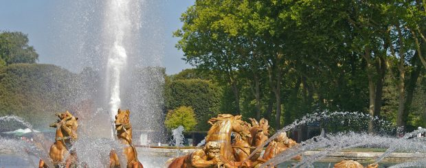 versailles, the musical gardens and the fountains show