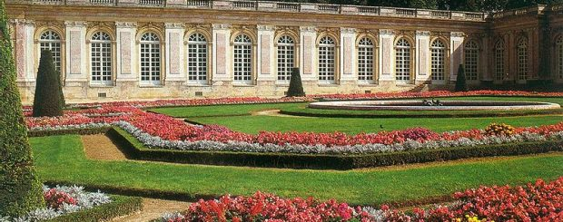 versailles, grand trianon, cheap places to stay in paris, things to do in Paris on Sunday