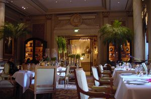 295645003_fc8c238e1e_z, Top 10 romantic restaurants in paris