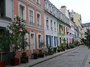 320px-Rue_Crémieux_(Paris)_DSCN3496