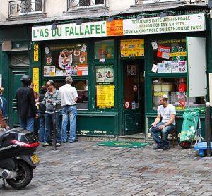 nightlife districts paris