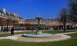 Place_des_Vosges_14,_Paris_29_March_2013, 10 things to do in Paris