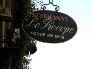 Top 10 Romantic Restaurants in Paris, food, famous brasserie in paris