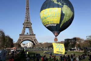 hot air balloon, unusual ways to tour paris