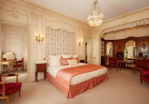 5 star hotels, hotel raphael, paris